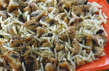 Mushroom in Rice Cooked Kashmiri Style (v)