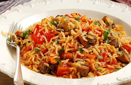 Tomato and Mushroom Rice (v)